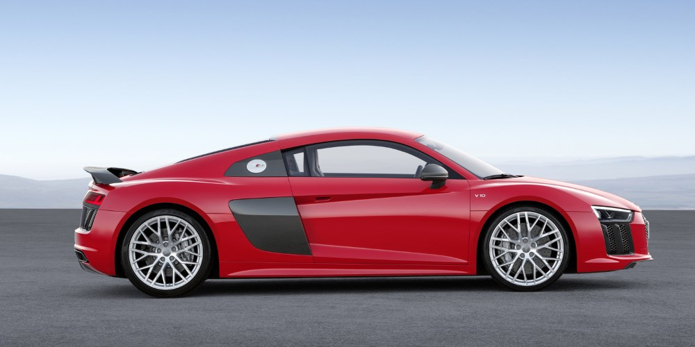 2015 Audi R8 V10. Photo by: Audi AG