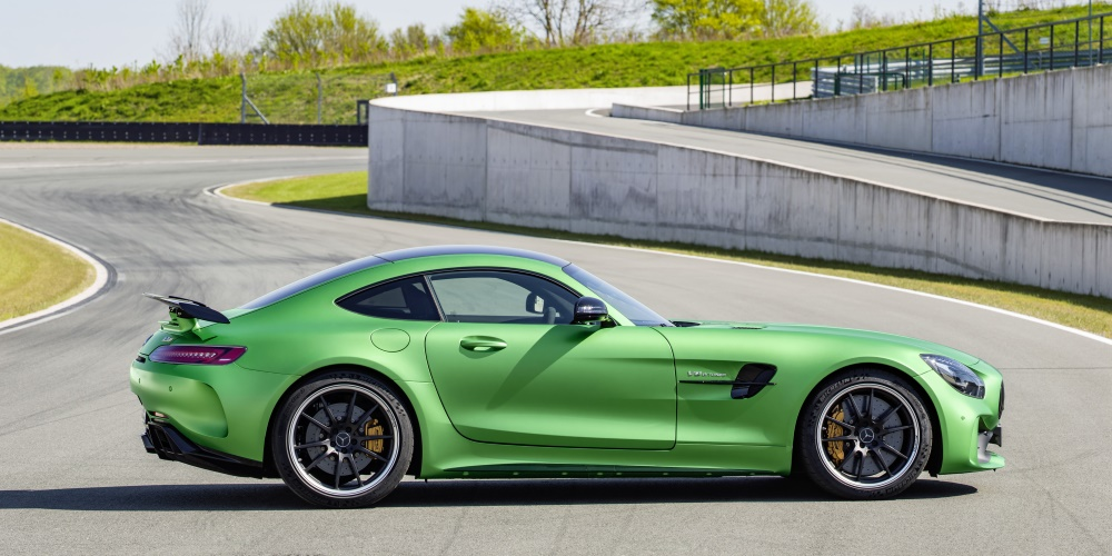 Mercedes-AMG GT R. Photo by: Daimler AG