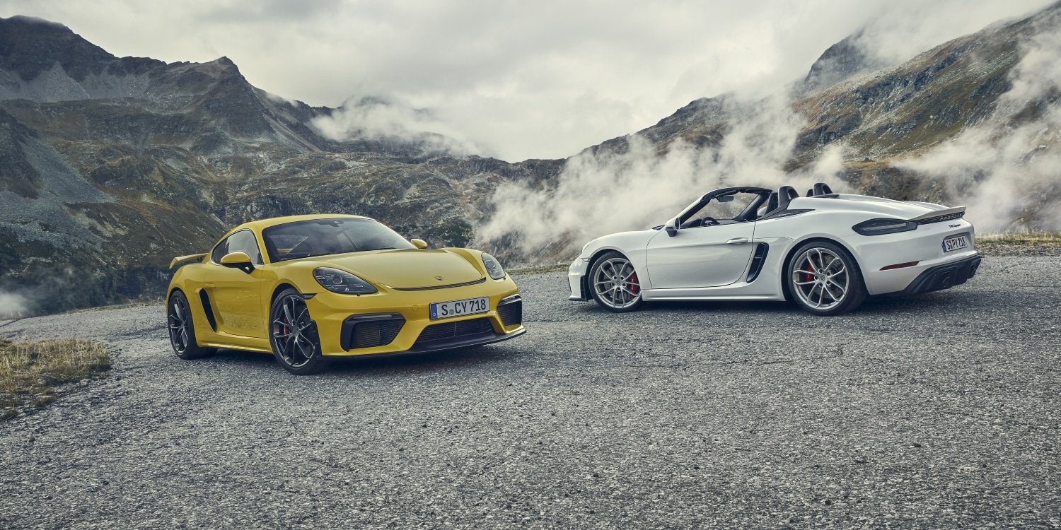 Porsche 718 Cayman GT4 and 718 Spyder. Photo by: Porsche AG