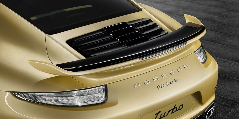 New Aerokit for the Porsche 911 Turbo and 911 Turbo S. Photo by: Porsche AG