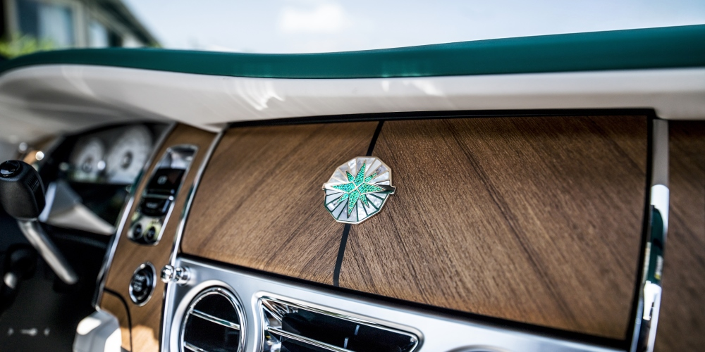 Emerald embellished Dawn and Wraith inspired by Porto Cervo. Photo by: Rolls-Royce Motor Cars