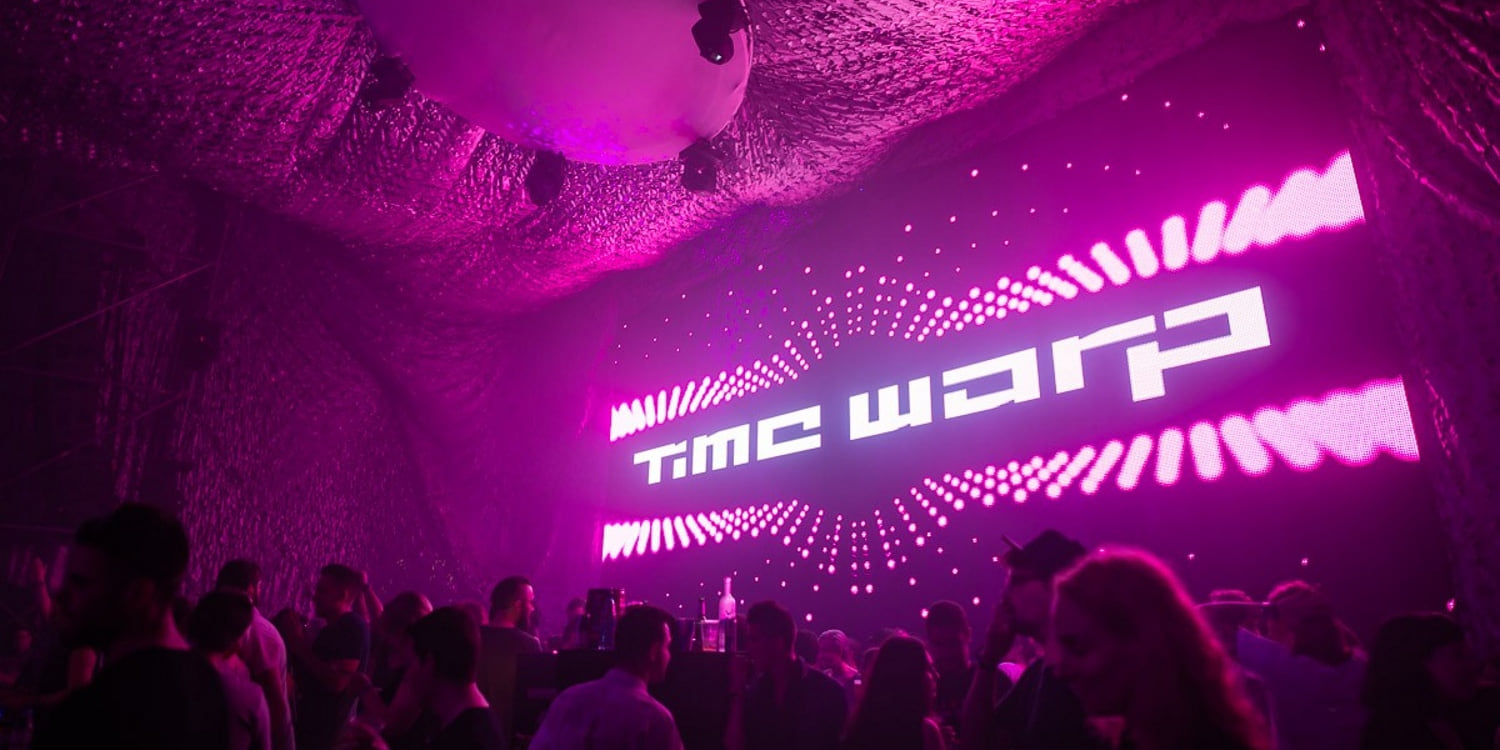 Time Warp. Photo by: Cosmopop GmbH
